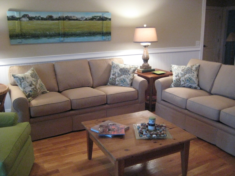 Custom Sofas and Chairs