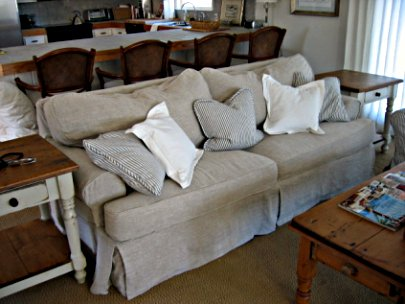 Sofa with natural fabric upholstery