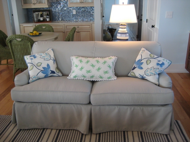 Apartment-Sized-Sofa-Slipcovered-in-Outdoor-Fabric